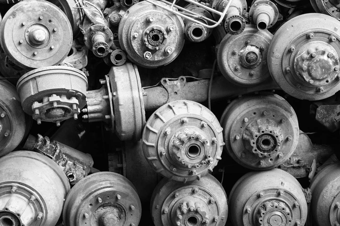 Tilt-auto-destruction-automobile-vente-vehicules-accidentes-pieces-detaches-ambi-nb